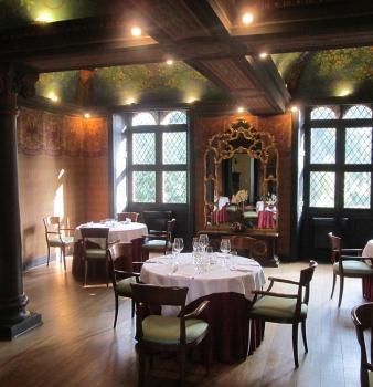 Visita al Giardino, al Chiostro e alla Chiesa del Monastero e Cena sotto il soffitto di Coppedè